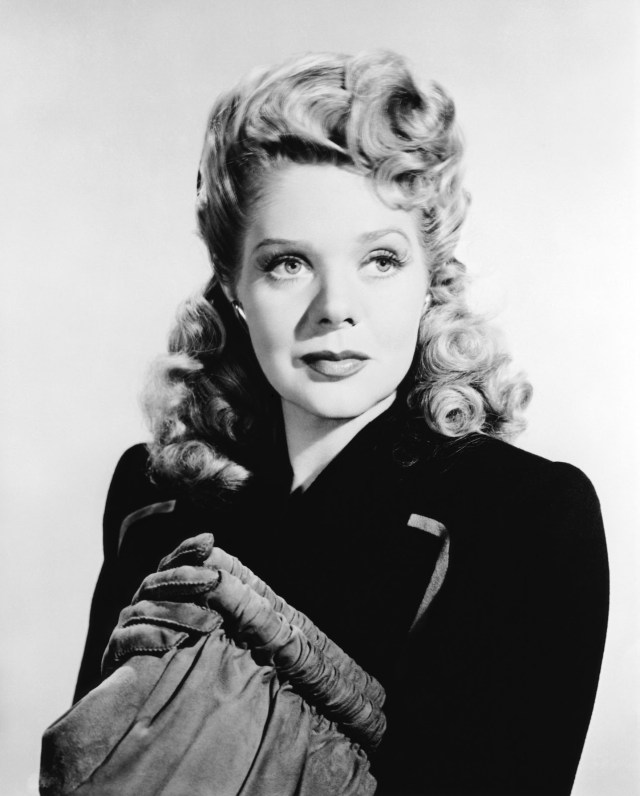 Alice Faye sexy pictures
