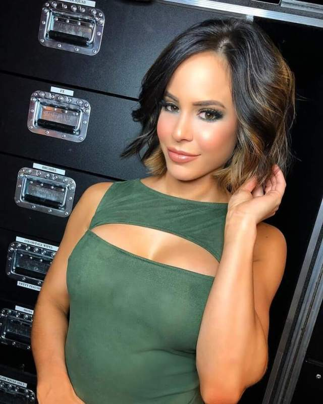 Charly Caruso sexy picture