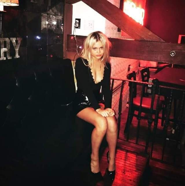 Emily Alyn Lind awesome pics (1)