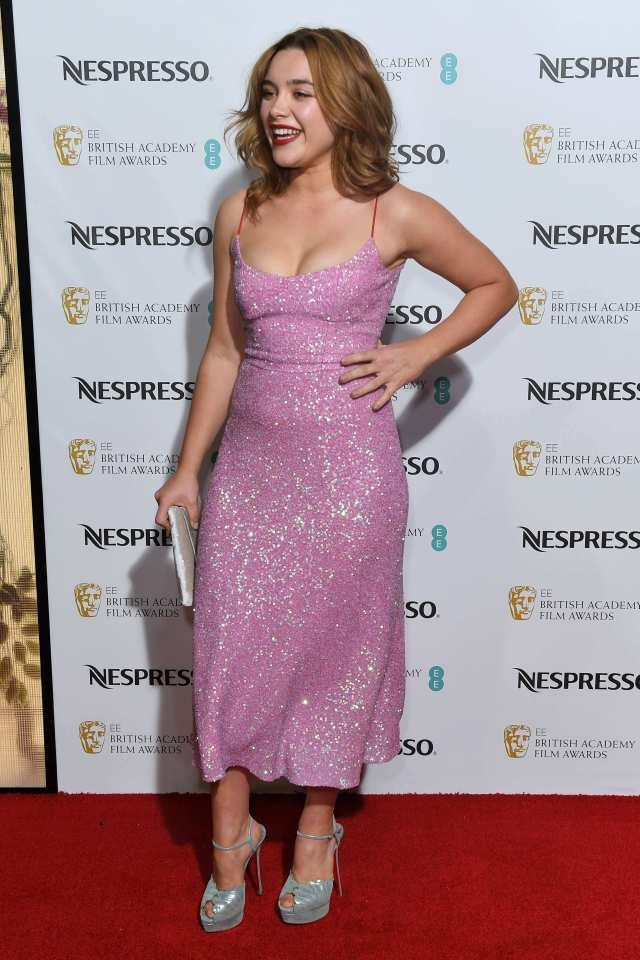 Florence Pugh hot look pic