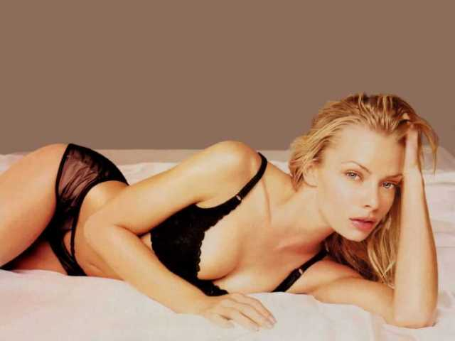 Jaime Pressly sexy look pictures (5)