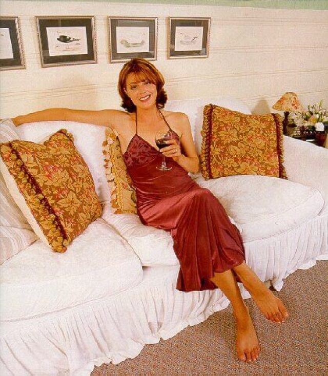 Jane Leeves hot look picture (1)