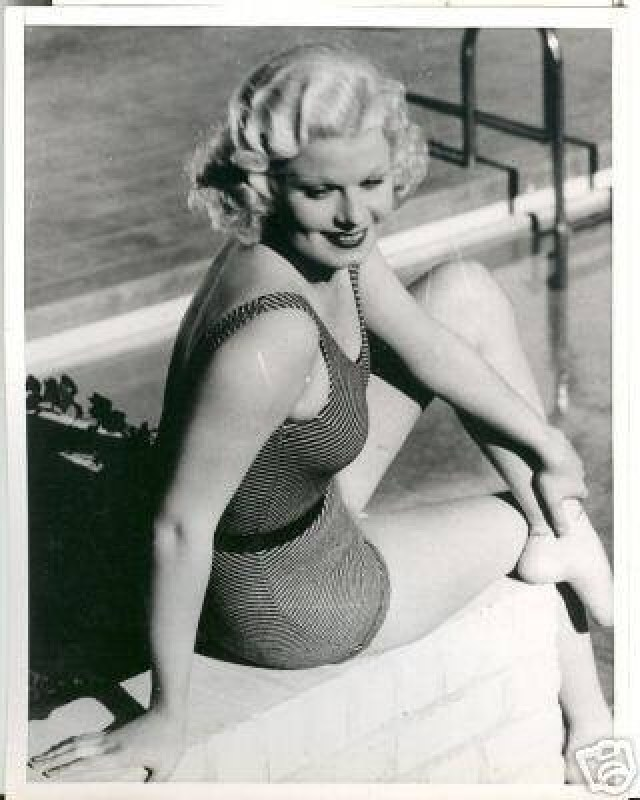 Jean Harlow awesome thighs pic