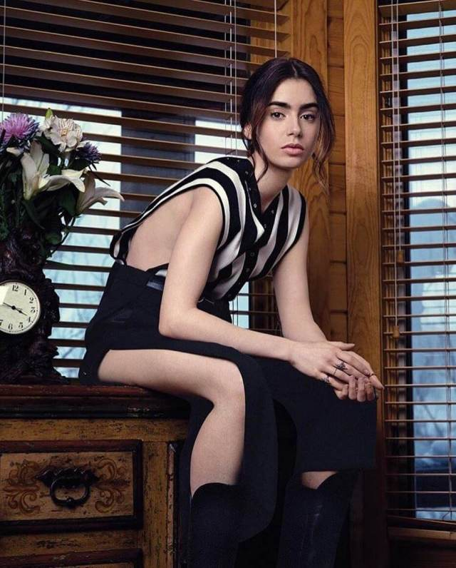Lily Collins sexy legs (2)