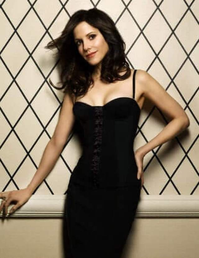 Mary-Louise Parker hot black look