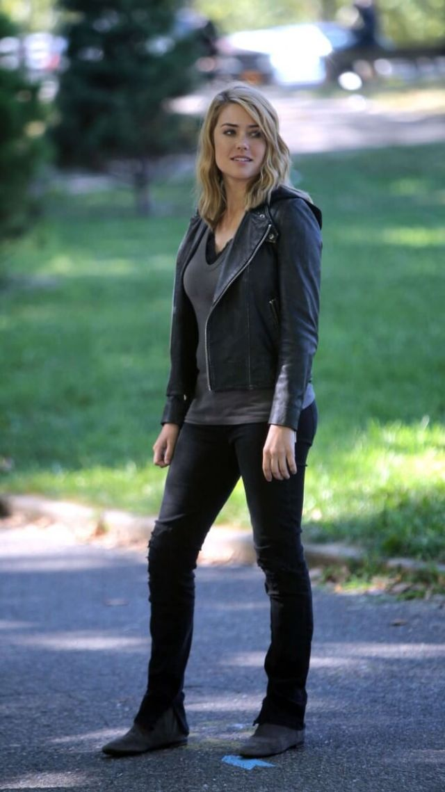 Megan Boone awesome pic