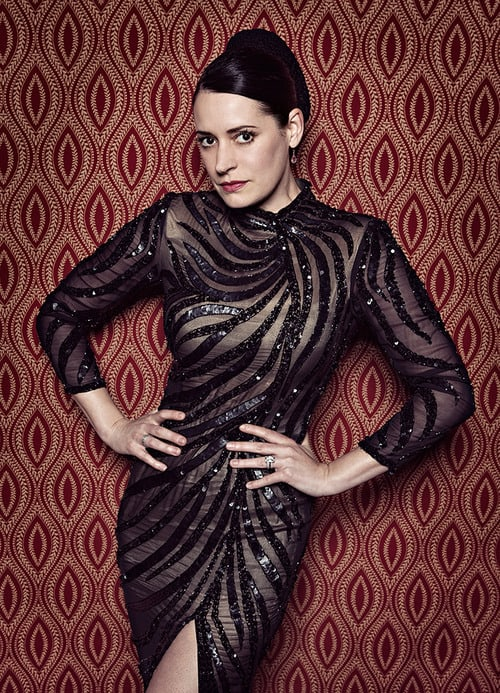 Paget-Brewster hot thighs pic