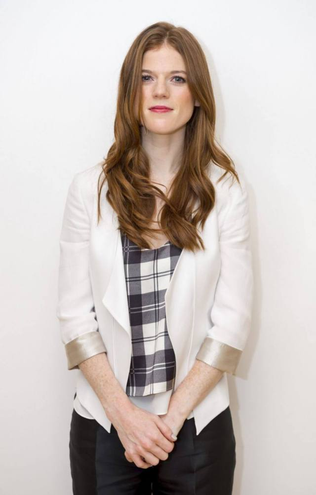 Rose-Leslie-hot-women-picture-1068x1674