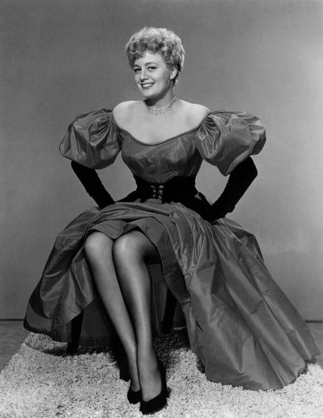 Shelley Winters sexy pictures (1)