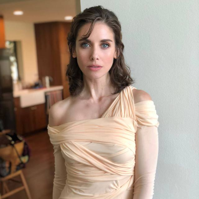 alison-brie-awesome