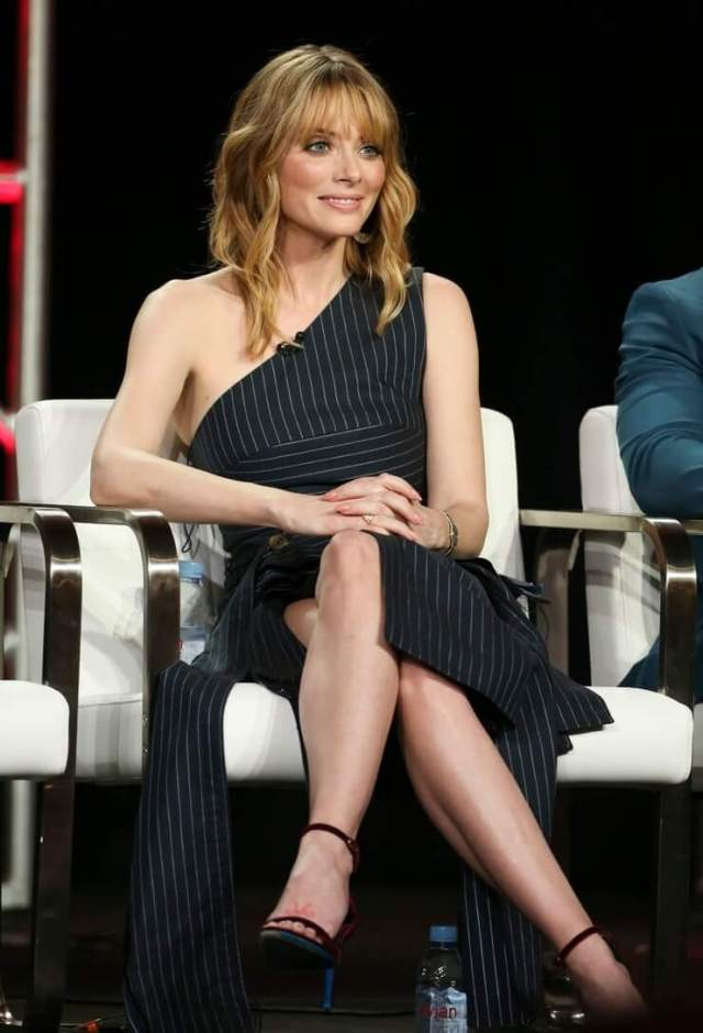 april bowlby hot feet pictures