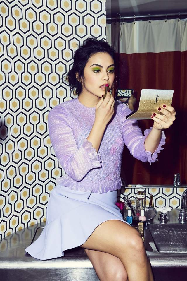 camila-mendes-during-the-makeup
