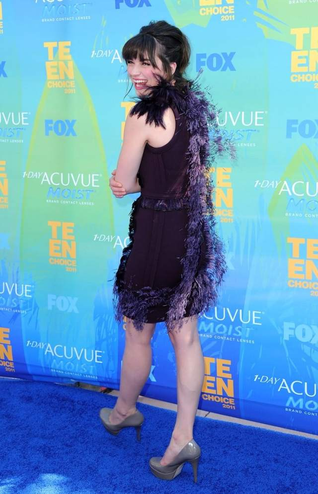 crystal reed feet awesome pic