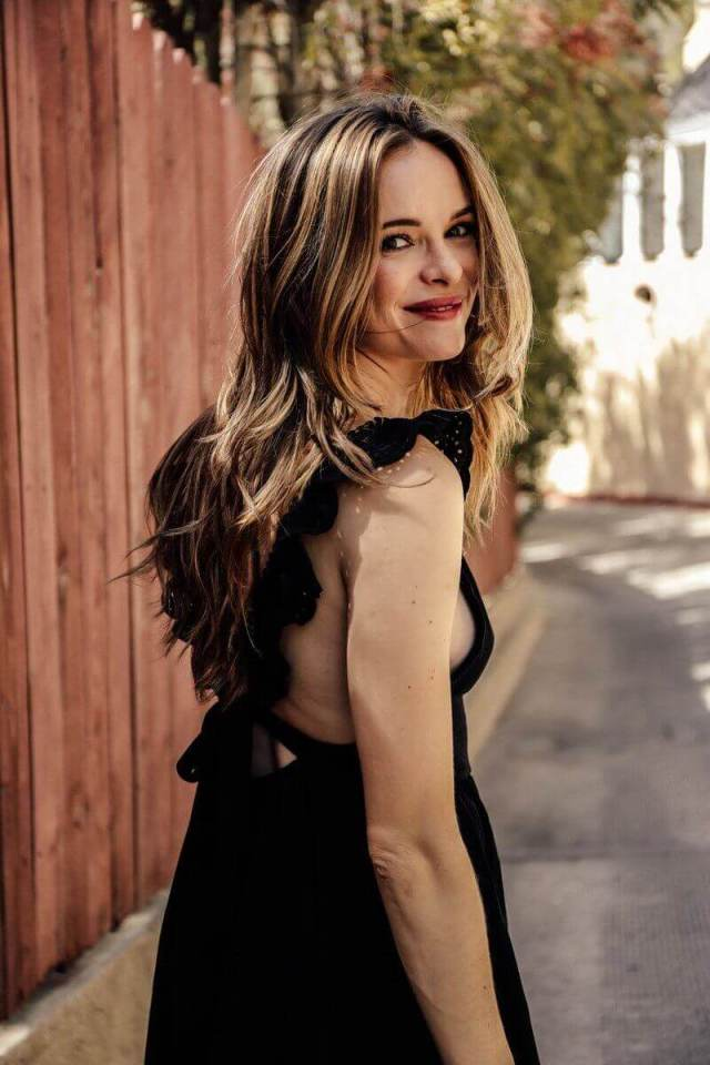 danielle panabaker hot and sexy (1)