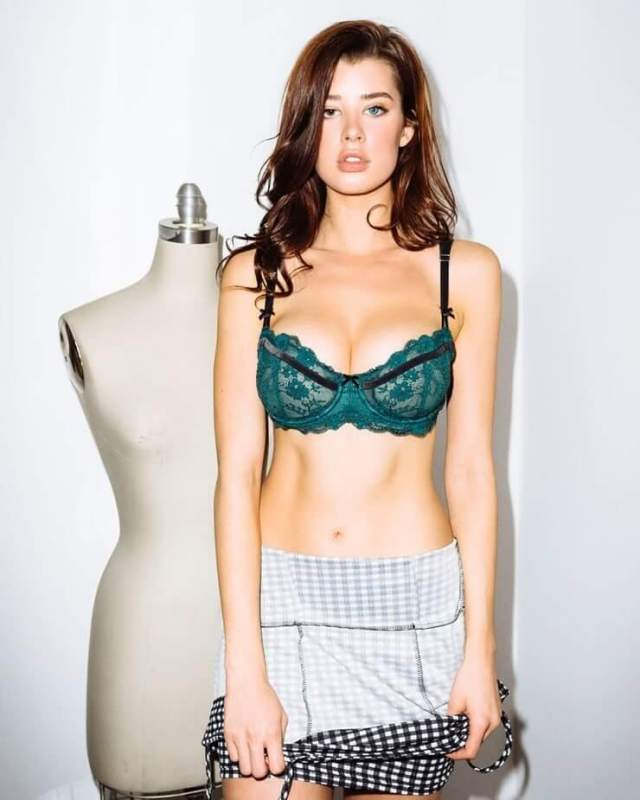 sarah mcdaniel sexy pictures (6)