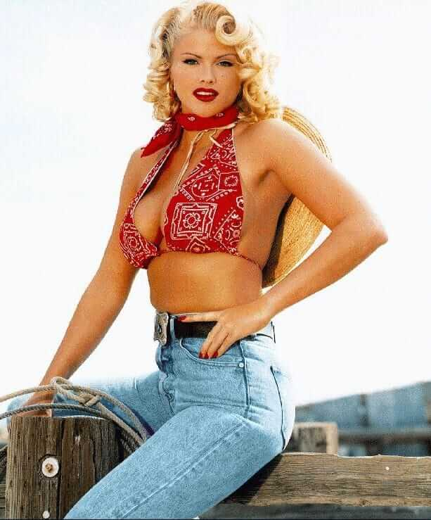 Anna Nicole Smith hot biukini pics