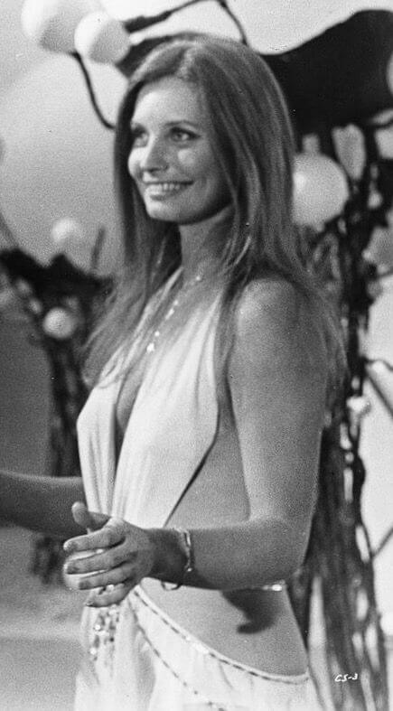 Catherine Schell hot side pics