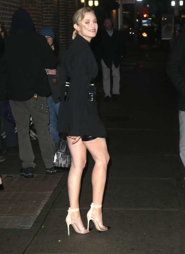 Diane Kruger sexy feet pictures (13)