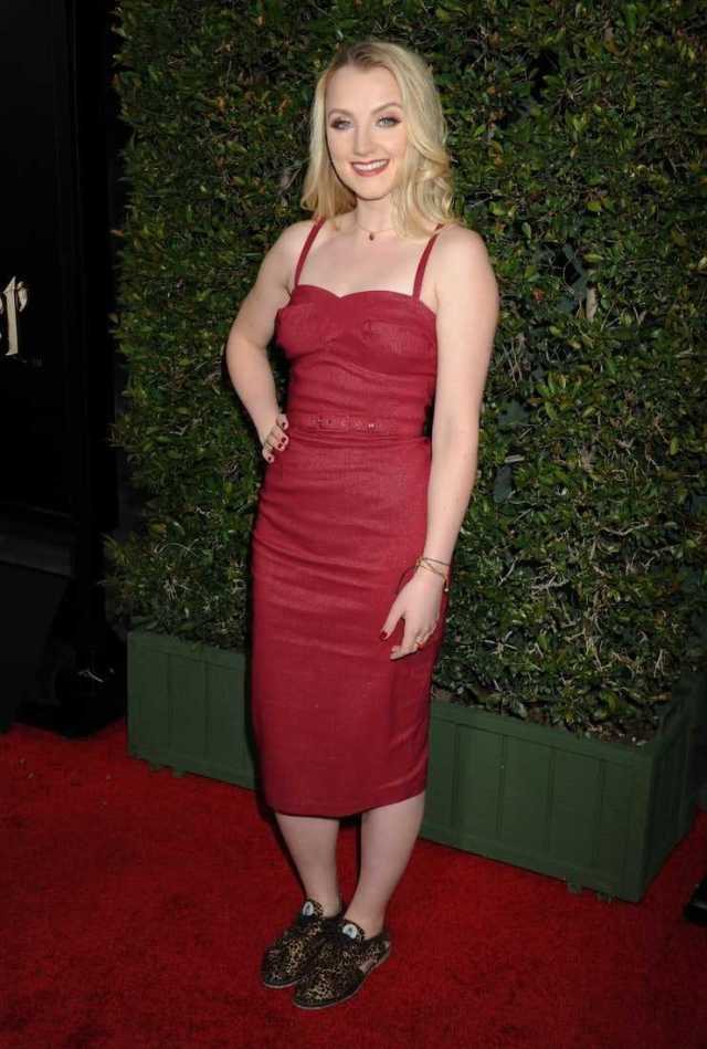 Evanna Lynch sexy pictures