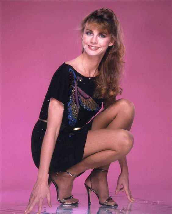 Jan Smithers sexy thigh pics
