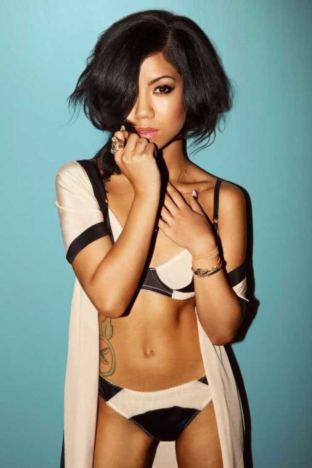 Jhene Aiko sexy pictures