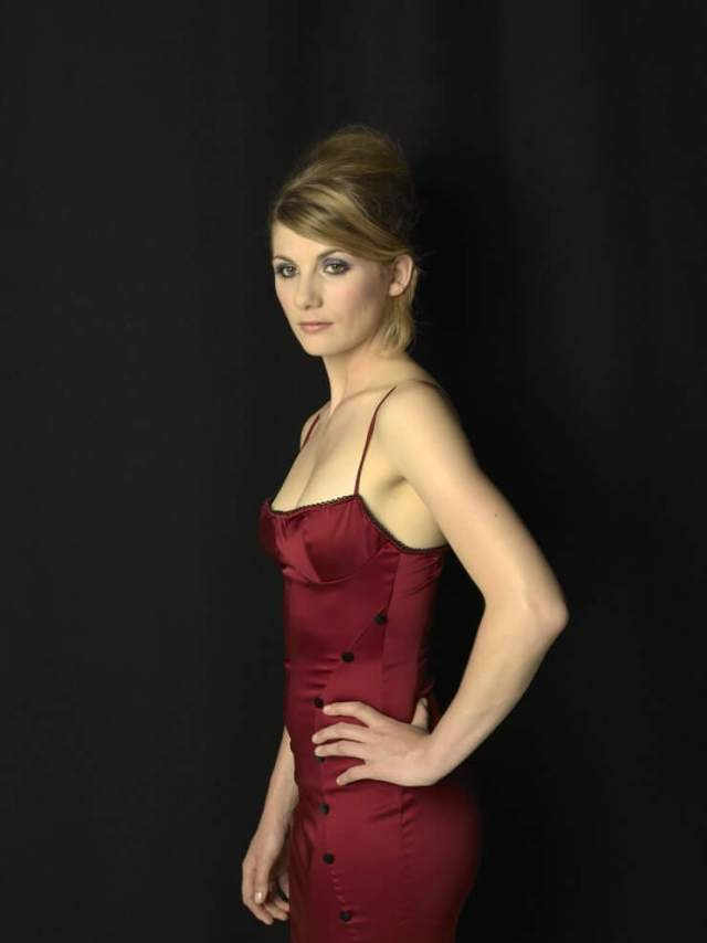 Jodie Whittaker sexy booty pics