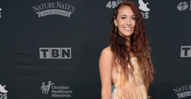 Lauren Daigle awesome pic