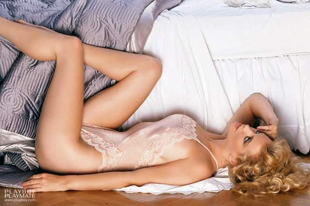 Shannon Tweed awesome