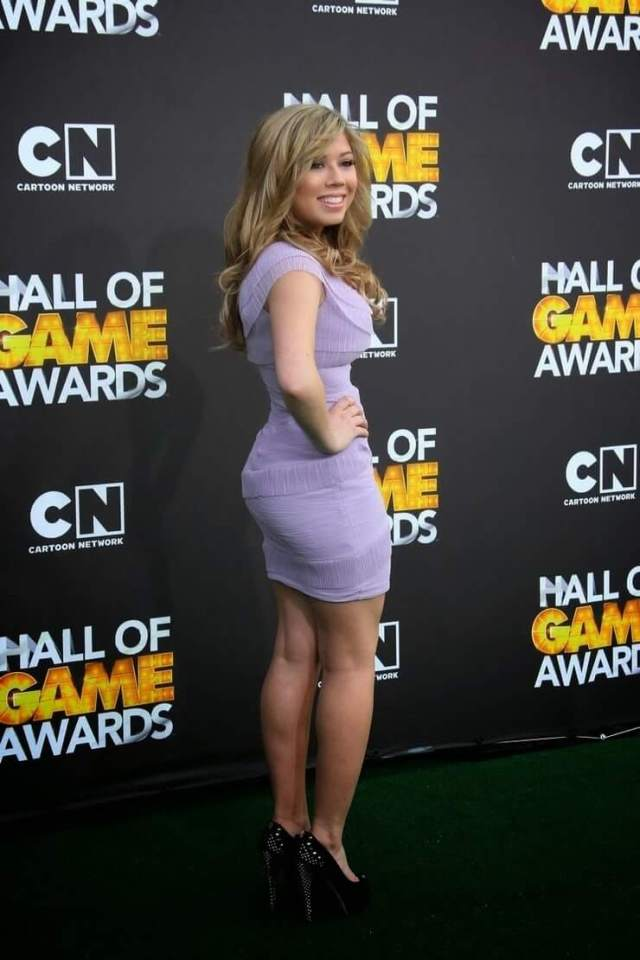 jennette mccurdy hot booty