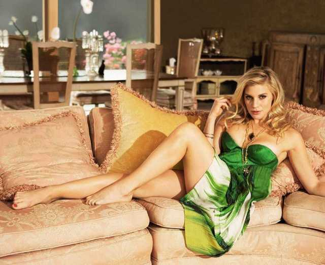 katee sackhoff sexy feet pictures (4)
