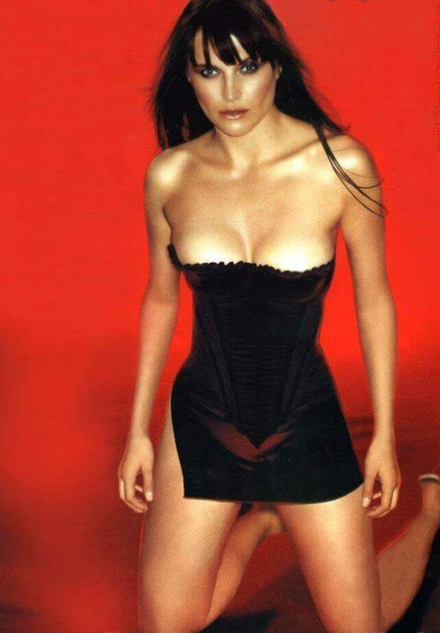 lucy-lawless-hot