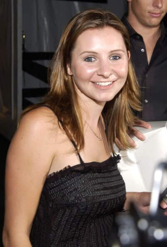 Beverley Mitchell hot pictures