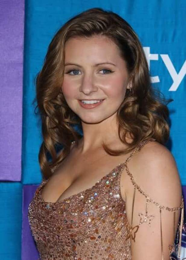 Beverley Mitchell hot side pics
