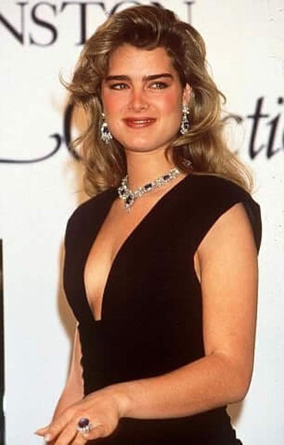 Brooke Shields hot side pictures