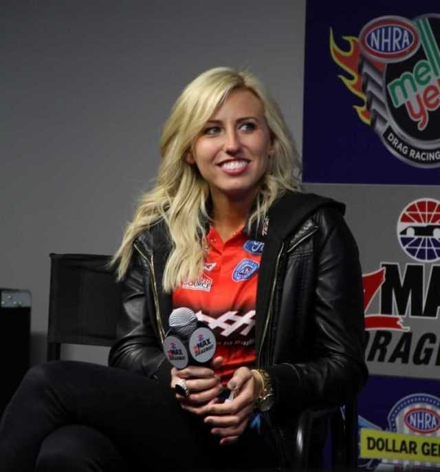 Courtney Force hot look (1)