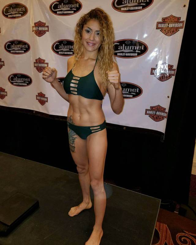 Pearl Gonzalez sexy pictures