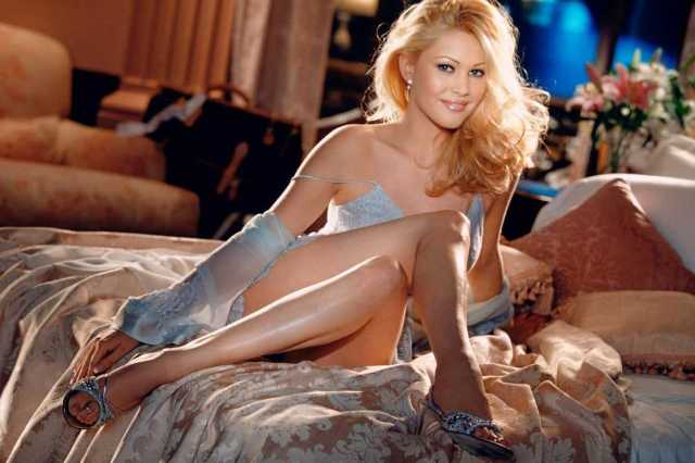 Shanna Moakler sexy pic