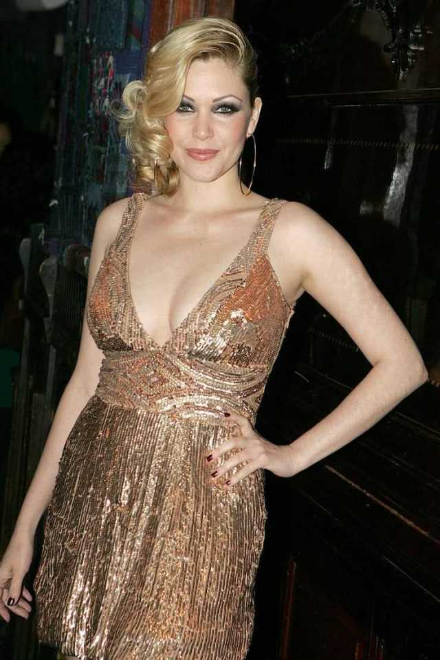 Shanna Moakler sexy tits pictures