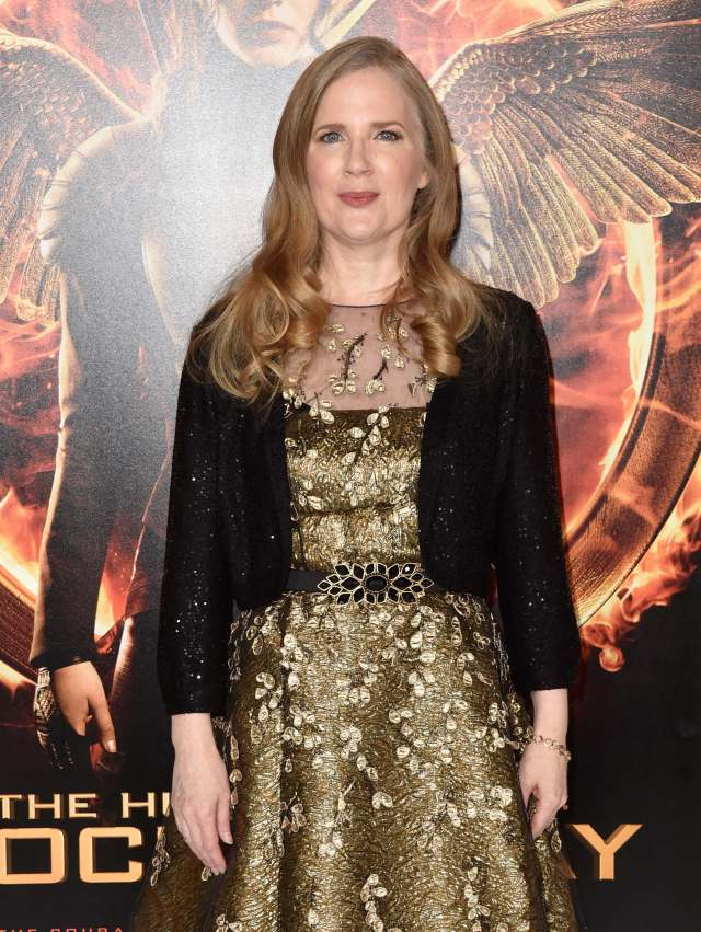 Suzanne Collins sexy image