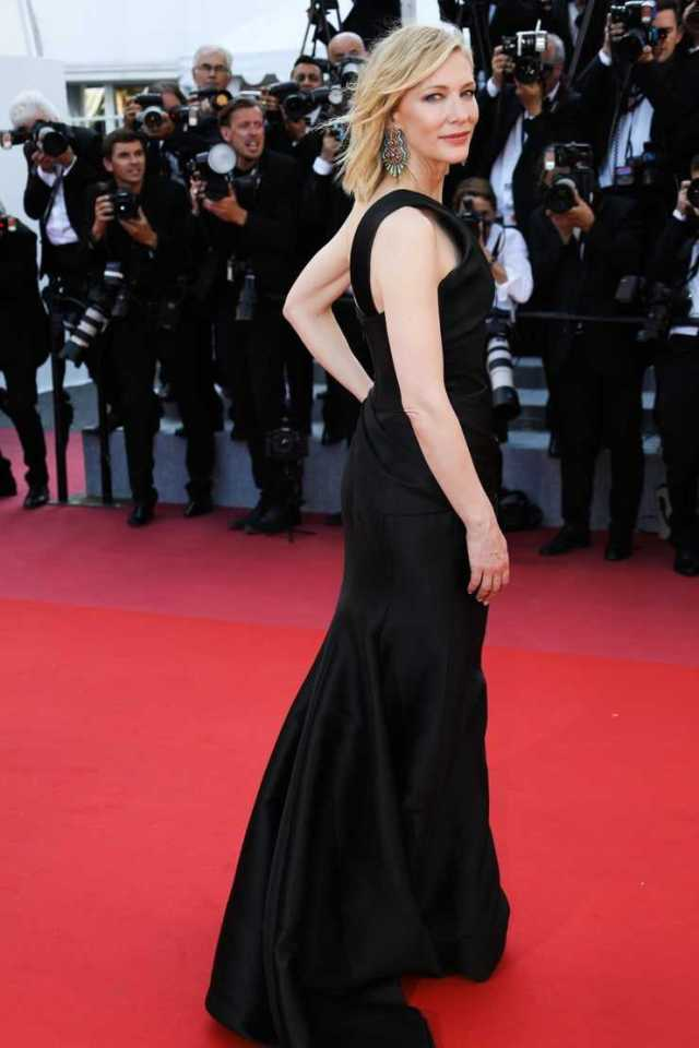 Cate Blanchett sexy big butt pictures