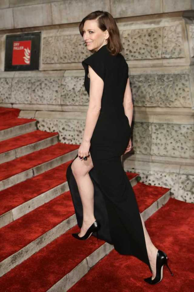 Cate Blanchett sexy butt pictures