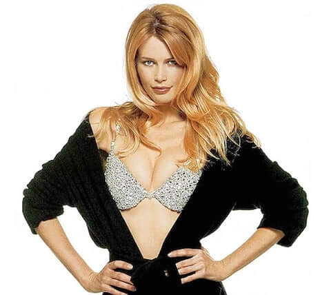 Claudia Schiffer sexy boobs (3)
