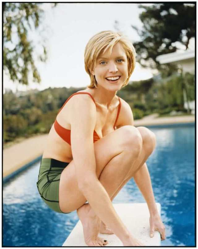 Courtney Thorne-Smith hot booty pic