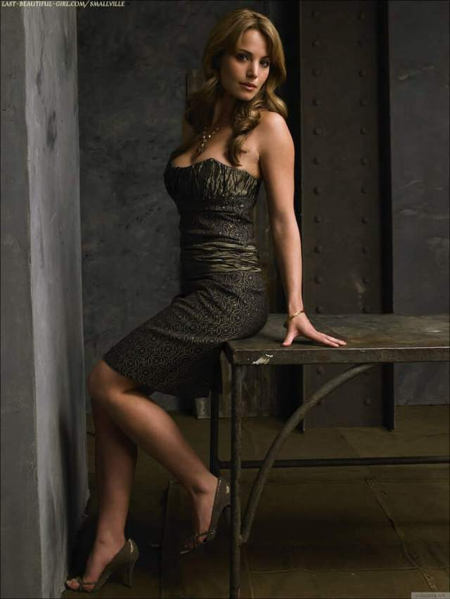 Erica Durance awesome