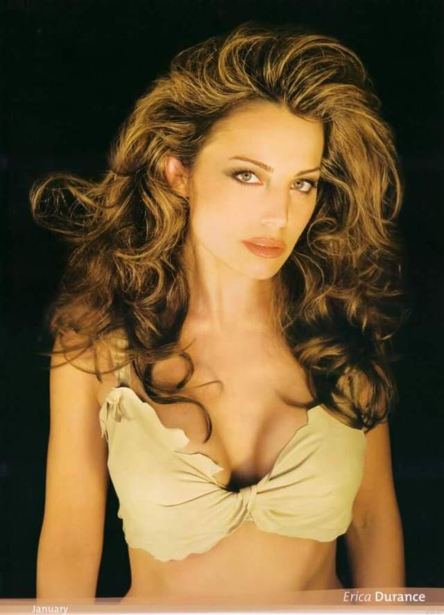 Erica Durance boobs cleavage