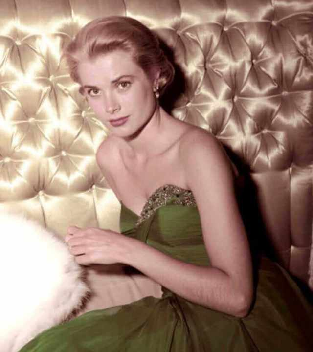 Grace Kelly sexy pic