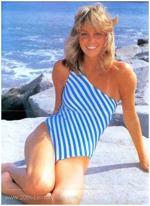Heather Locklear sexy lingerie pictures