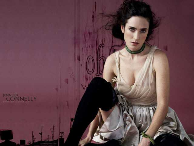 Jennifer Connelly sexy side boobs pictures