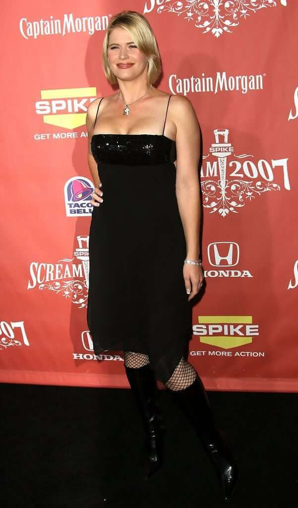 Kristy Swanson awesome