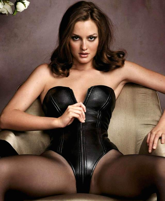 Leighton Meester cleavage